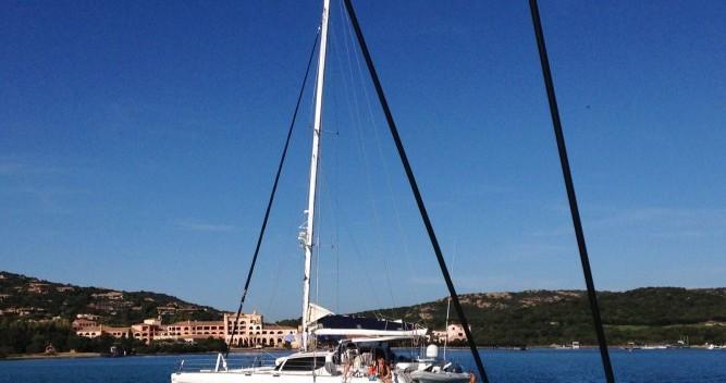 Alquiler de Alliaura-Marine Privilège 585 en Olbia