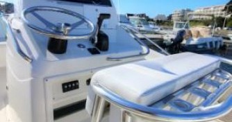 Alquiler de barcos Port-Haliguen barato de White Shark 205
