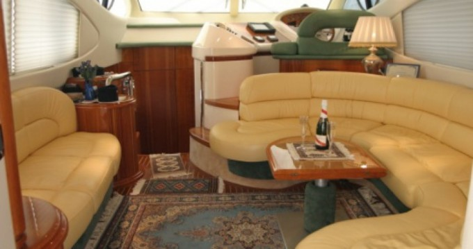 Alquiler de barcos Porto San Giorgio barato de Azimut 46
