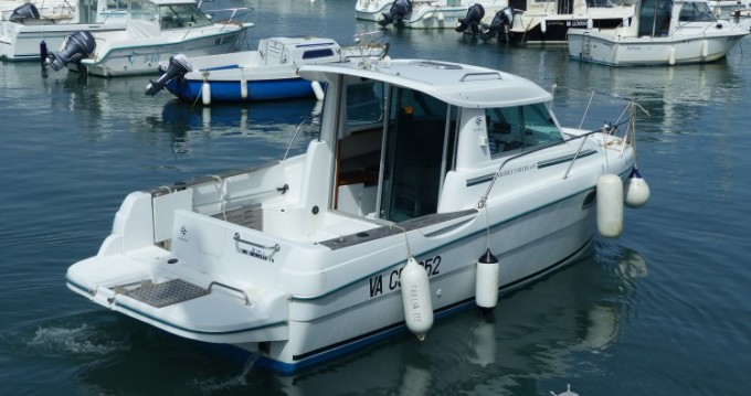 Jeanneau Merry Fisher 695 entre particulares y profesional Sarzeau