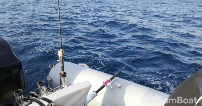 Alquiler de barcos San Foca barato de Novamarine RH700