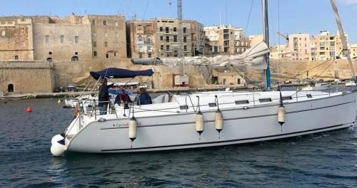 Alquiler de yate Il-Kalkara - Bénéteau Cyclades 43.3 en SamBoat