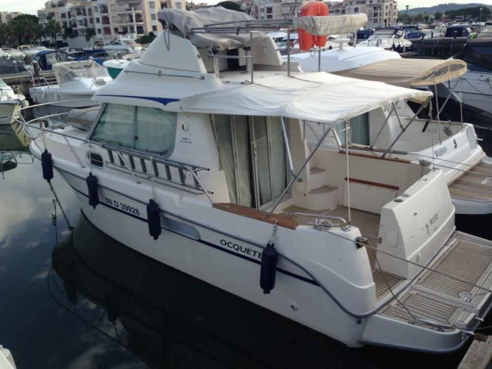 Alquiler de barcos Ocqueteau Ocqueteau 885 enMandelieu-la-Napoule en Samboat