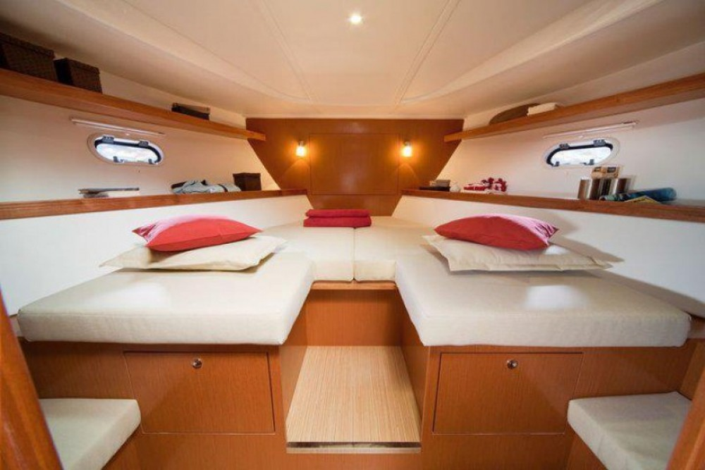 Alquiler de barcos Cannes barato de Bavaria 38 Hard Top