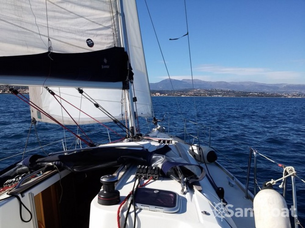 Jeanneau Sun Odyssey 36i entre particulares y profesional Cannes