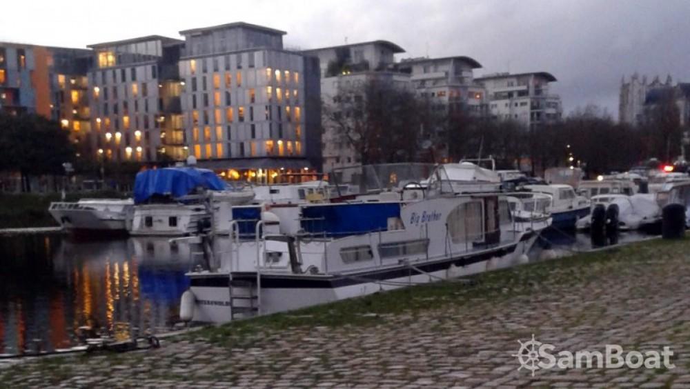 Alquiler de Casa flotante, con o sin patrón Kompier Nantes