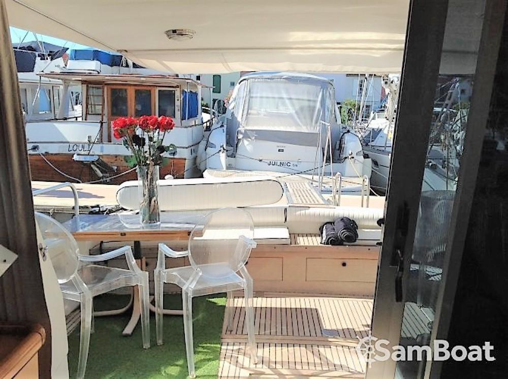 Alquiler de barcos Guy Couach Guy Couach 1601 Fly enPort Grimaud en Samboat