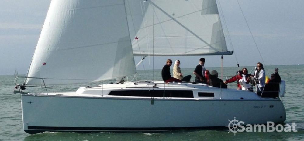 Alquiler de yate Nieuwpoort - Bavaria Easy 9.7 en SamBoat