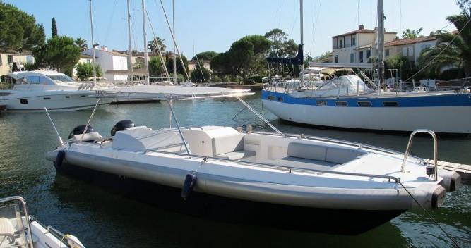 Alquiler de Ivela Catamaran en Port Grimaud