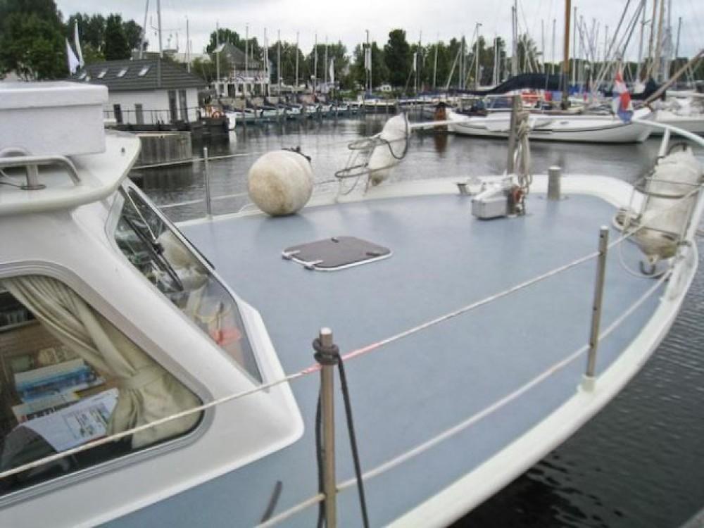 Alquiler de barcos Nantes barato de Kruiser AK