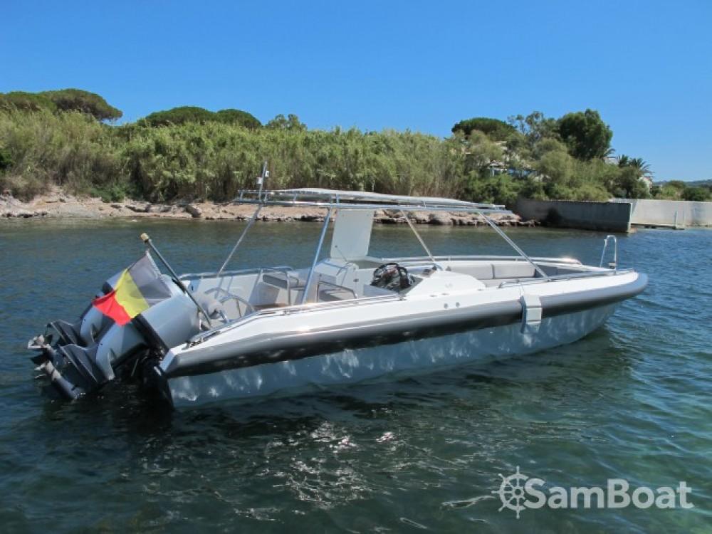 Alquiler de Ivela Catamaran en Grimaud