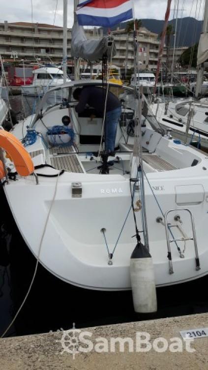 Alquiler de yate Cavalaire-sur-Mer - Bénéteau First 31.7 en SamBoat