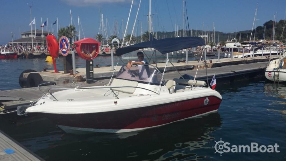 Alquiler de barcos Hyères barato de Pacific craft 570 Diamond Head