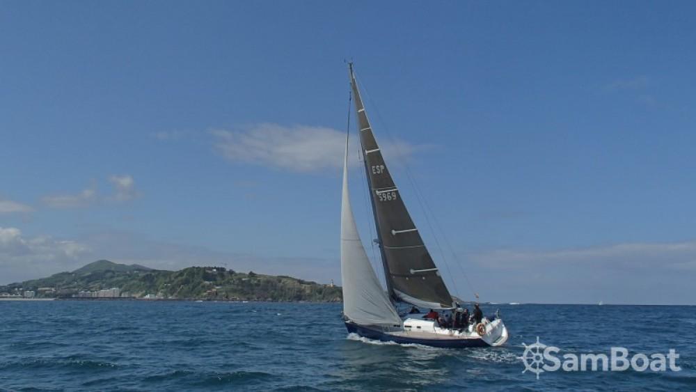 Bénéteau First 40.7 entre particulares y profesional Saint-Sébastien