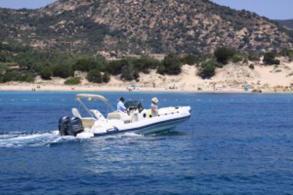 Alquiler Neumática Marlin con título de navegación