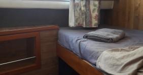 Alquiler Casa flotante Crown-Cruiser con título de navegación