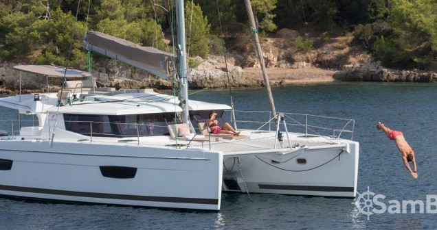 Catamarán para alquilar Mandelieu-la-Napoule al mejor precio