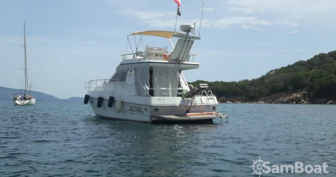 Alquiler de barcos Ferretti Clan Ship enPorto-Vecchio en Samboat