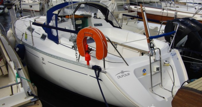 Alquiler de yate Saint-Raphaël - Dufour Dufour 30 Classic en SamBoat