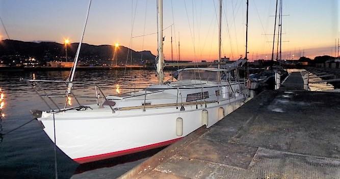 Alquiler Velero Amel con título de navegación