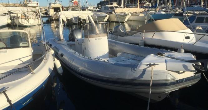 Alquiler de barcos Capelli Tempest 750 enBastia en Samboat