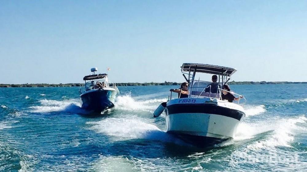 Alquiler de Sessa Marine Key Largo 25 en l'Ampolla