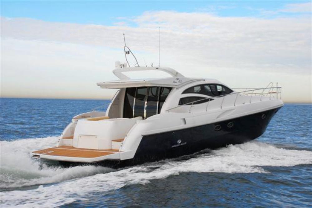 Alquiler de yate Saint-Tropez - Innovazione e Progetti Alena 48 Hard Top en SamBoat