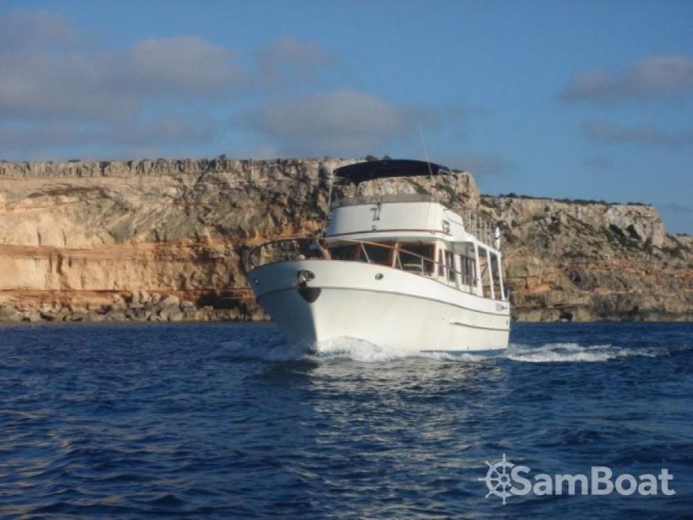 Alquiler de yate San Antonio Abad - Modern-Yacht Gemar 42s en SamBoat