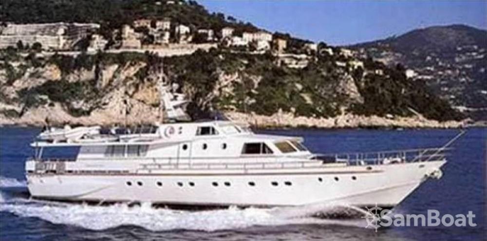 Alquiler de barcos Fiumicino barato de 26M