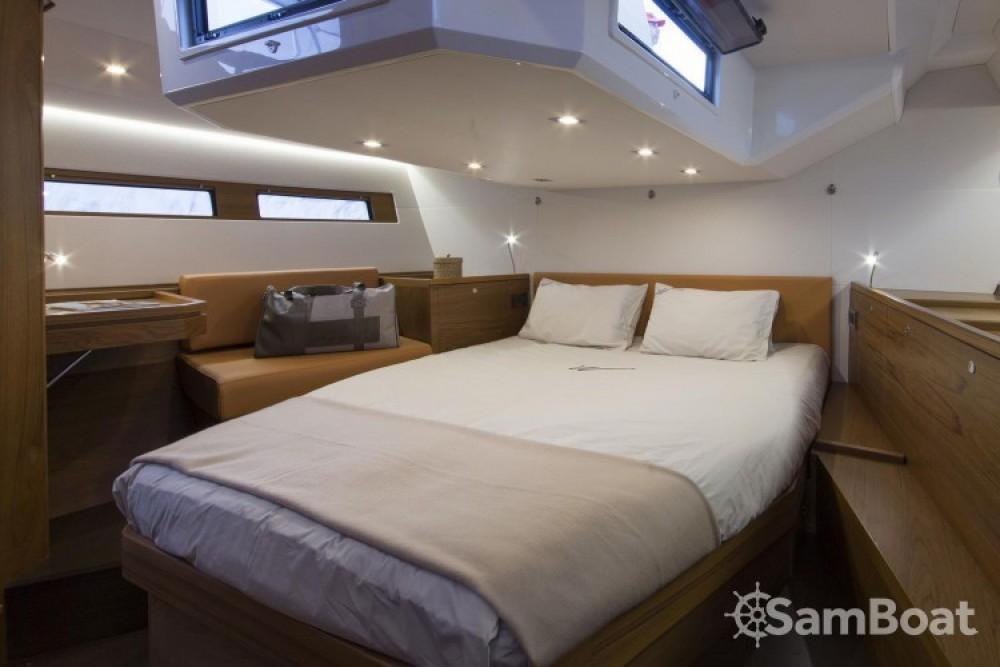 Alquiler Velero en Salerno - Wauquiez Pilot Saloon 48