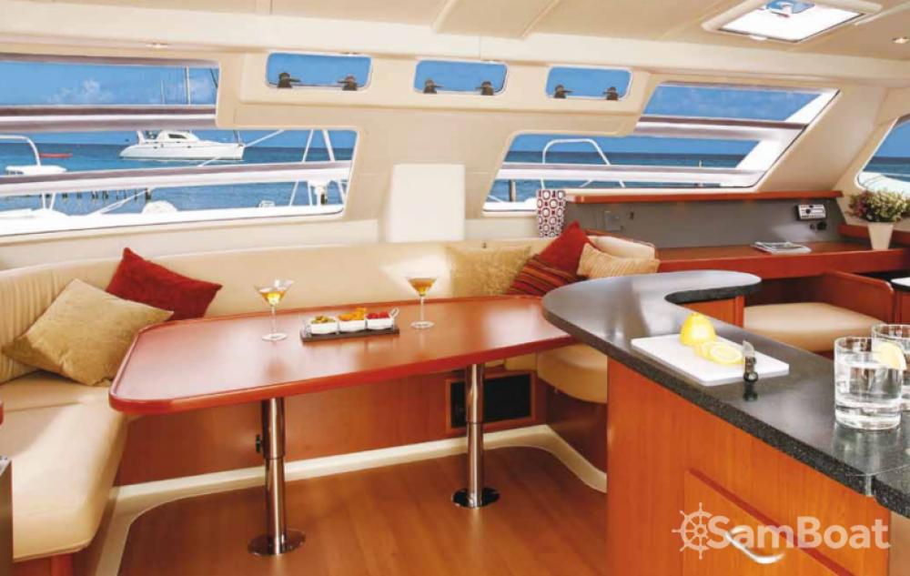 Alquiler de barcos Dependencias Federales barato de Leopard 46