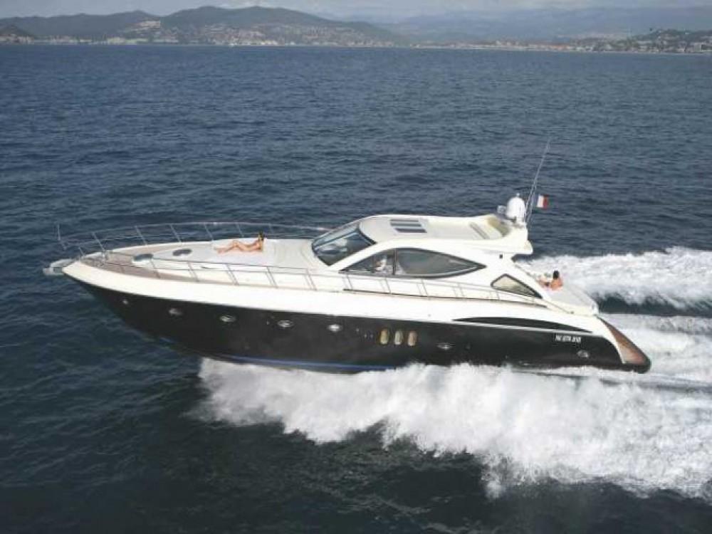 Alquiler Yates Gianetti con título de navegación