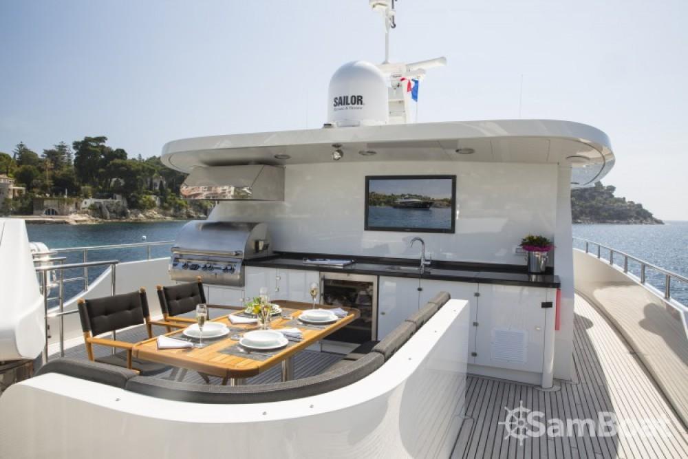Alquiler de Yates, con o sin patrón Fifth-Ocean-Yachts Nápoles