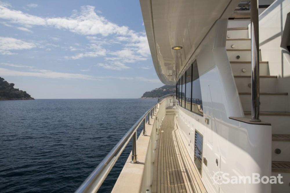 """Alquiler de barcos Fifth-Ocean-Yachts 23.90 metres (78' 5"""") enNápoles en Samboat"""
