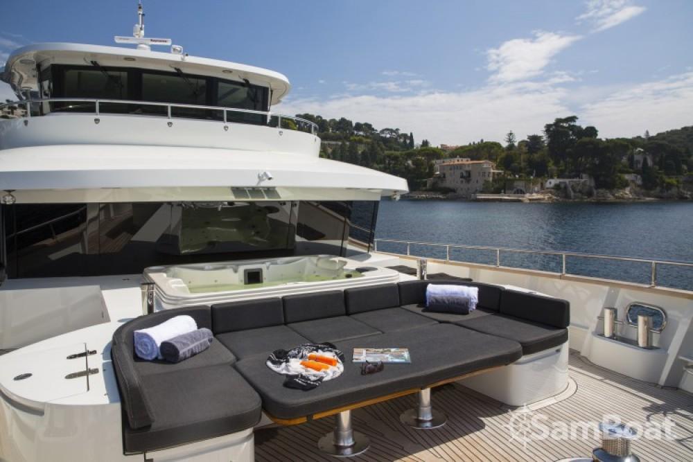 """Alquiler de Fifth-Ocean-Yachts 23.90 metres (78' 5"""") en Nápoles"""