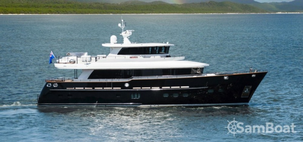 """Alquiler de yate Nápoles - Fifth-Ocean-Yachts 23.90 metres (78' 5"""") en SamBoat"""