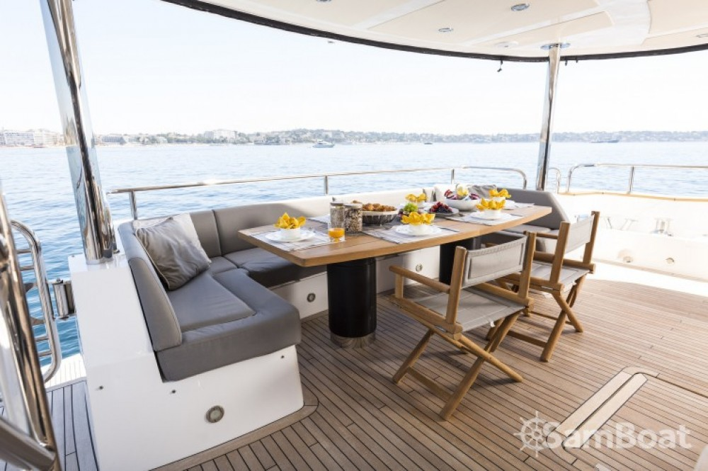 "Alquiler de barcos Sunseeker 28.15 metres (92' 4"") enSaint-Tropez en Samboat"