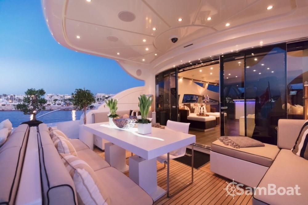 "Alquiler de yate Cannes - Andrea-Bacigalupo 34.11 metres (111' 11"") en SamBoat"