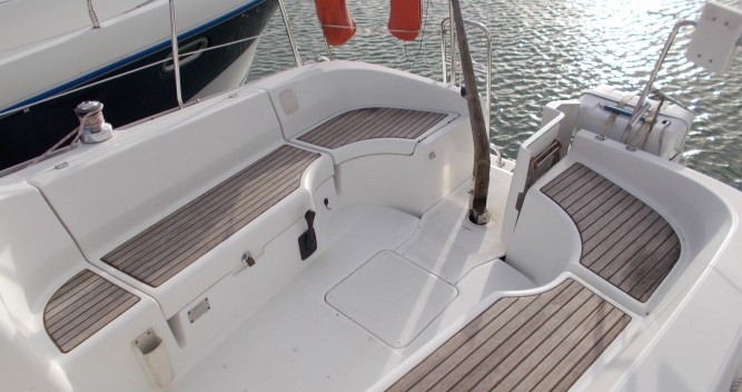 Alquiler de barcos Pornichet barato de Oceanis