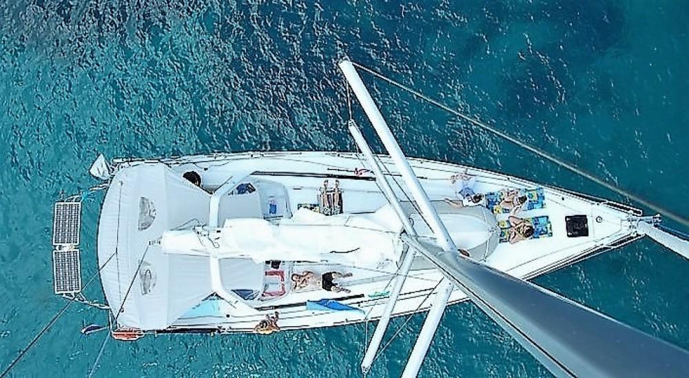 Alquiler de barcos Golfe-Juan barato de Oceanis 45