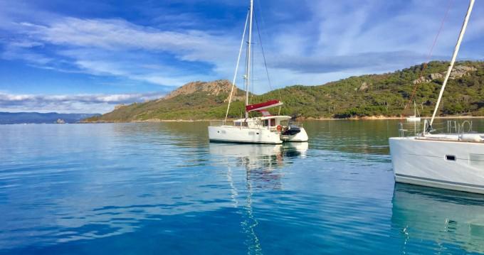 Catamarán para alquilar Hyères al mejor precio