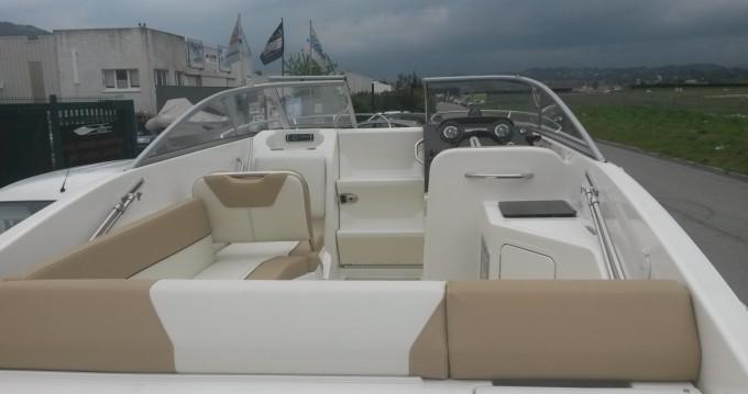 Alquiler Lancha Bayliner con título de navegación