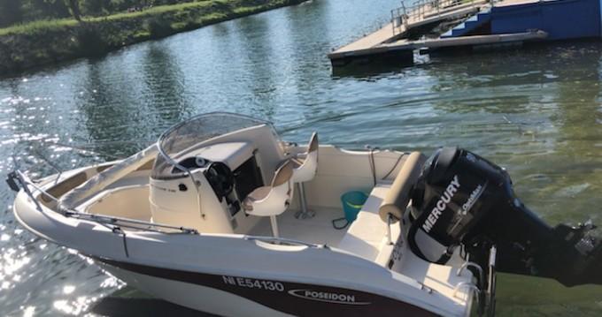 Alquiler de barcos Poseidon 540 enMandelieu-la-Napoule en Samboat