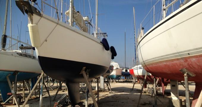 Alquiler de yate Port-de-Bouc - Jeanneau Espace 1000 en SamBoat