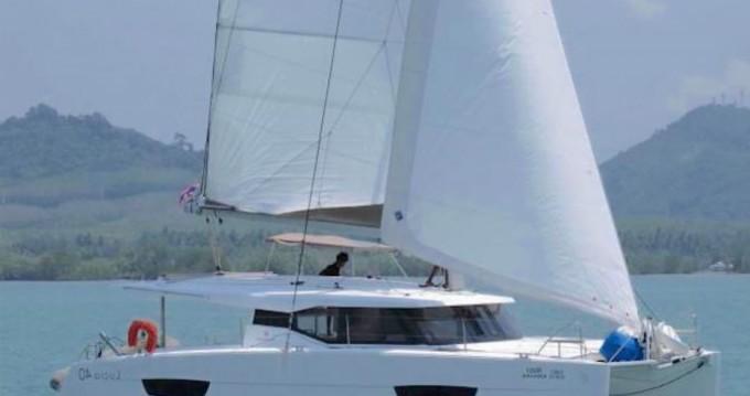 Alquiler de barcos Phuket barato de Lucia 40