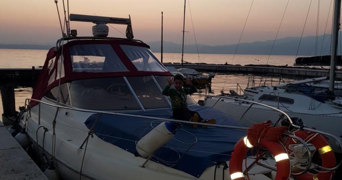 Alquiler Lancha Cranchi con título de navegación