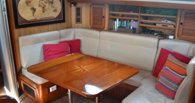 Alquiler Velero Tayana con título de navegación
