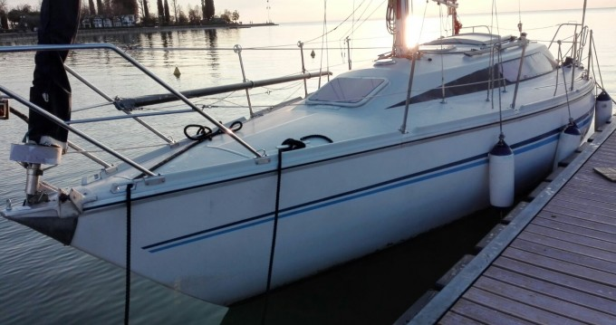 Alquiler de barcos Comet  910 plus enBardolino en Samboat