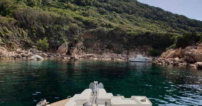 Alquiler Neumática en Propriano - Capelli Tempest 700 Sun