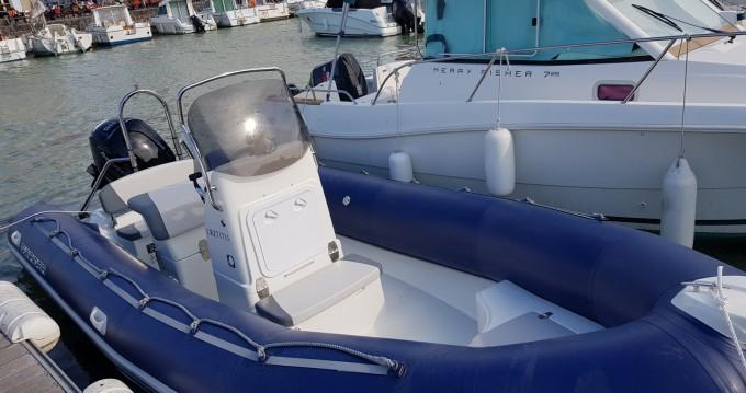 Alquiler de barcos La Flotte barato de Sunrider 650